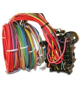 universal 18 circuit auto wiring harness hotrodwires com made in the usa 100% ered easily expandable and oem quality