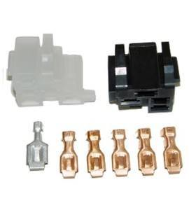 Pleasant 12V Automotive Terminals And Connectors Hotrodwires Com Wiring Cloud Nuvitbieswglorg